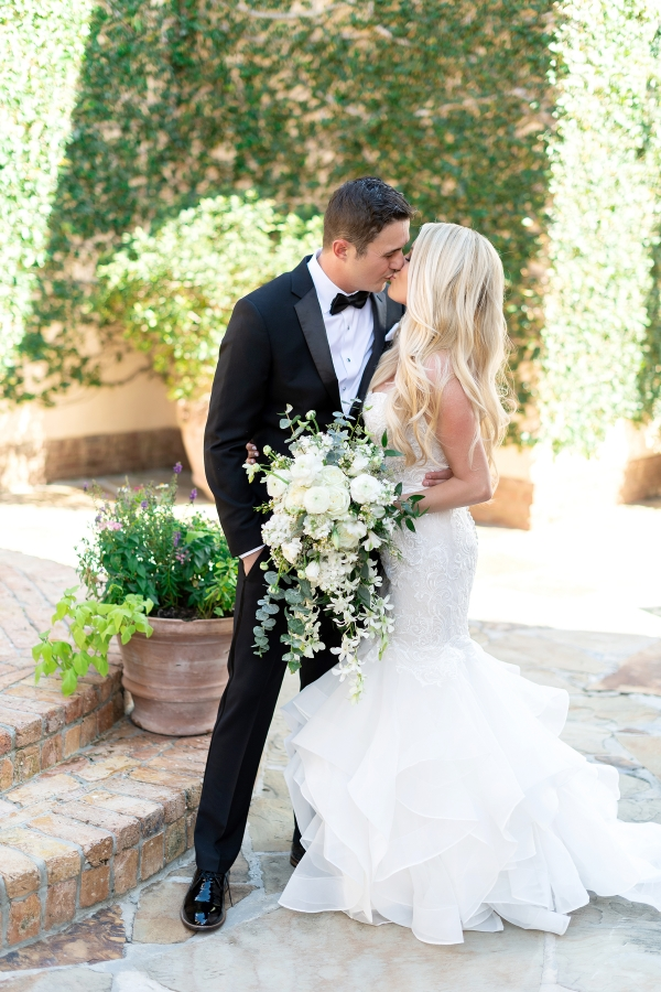 Classic White and Green Destination Wedding for Denver Couple Kristen Weaver17