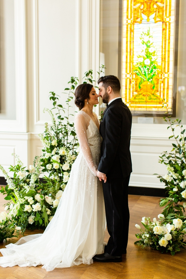 Elegant Hunter Green Wedding Inspiration Alexandra Lee05