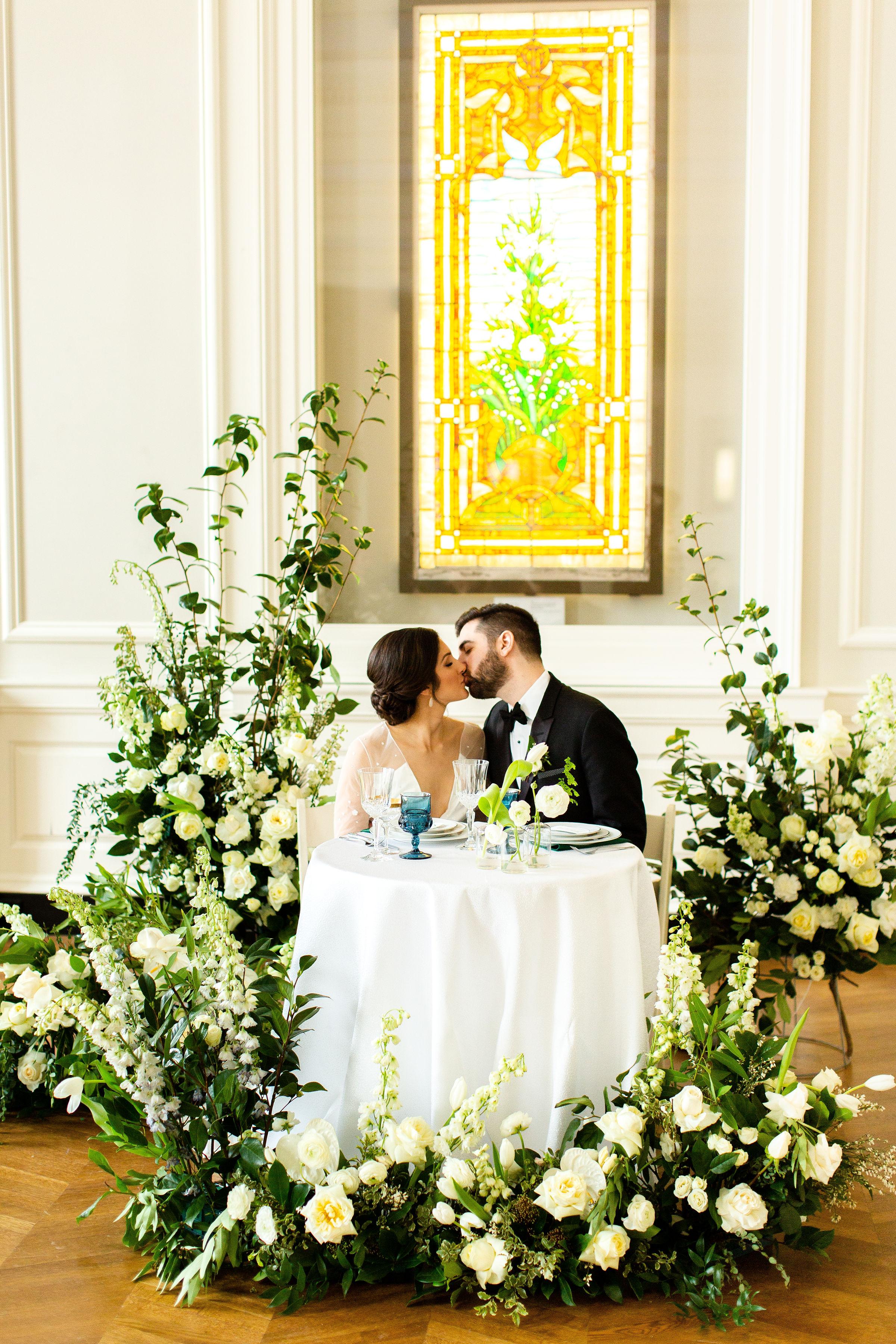 Elegant Hunter Green Wedding Inspiration Alexandra Lee09