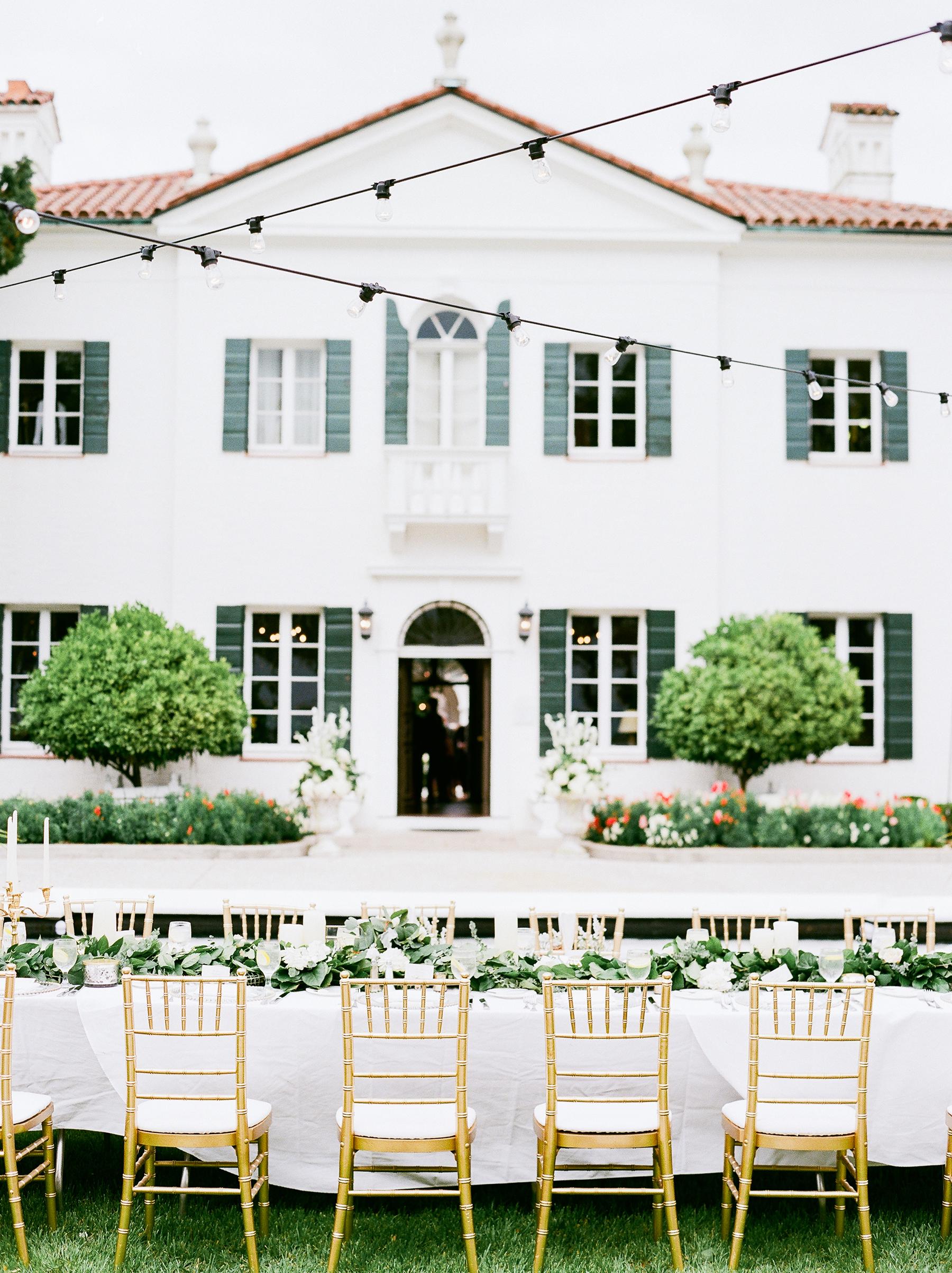 Elegant and Romantic Georgia Wedding Molliner Photography04