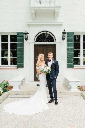 Elegant and Romantic Georgia Wedding Molliner Photography39