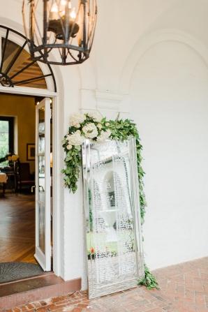 Elegant and Romantic Georgia Wedding Molliner Photography47