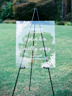 Lucite Wedding Signs
