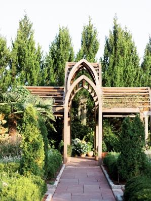 North Carolina Garden Wedding Live View Studios52