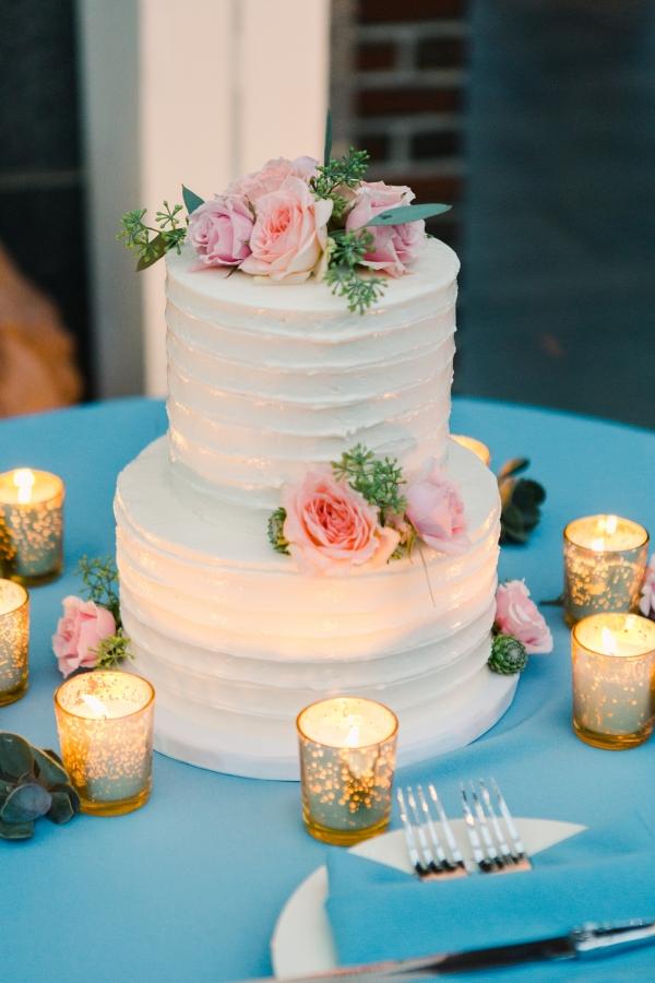 Petite Wedding Cake 1