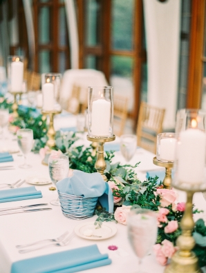Pink and Blue Wedding Table