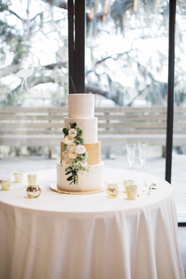 Tiered Wedding Cake in White and Gold