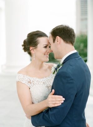Traditional Virginia Wedding with Pops of Blue12