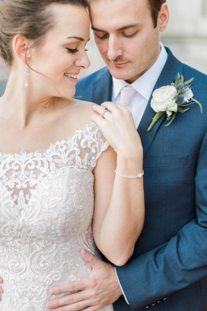 Traditional Virginia Wedding with Pops of Blue18