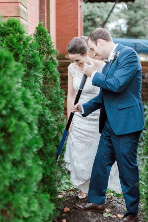 Traditional Virginia Wedding with Pops of Blue26