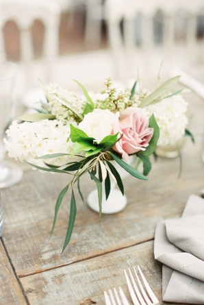 Pink and White Wedding Centerpieces
