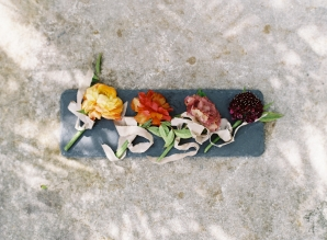 Summer Wedding Inspiration with Berry Tones Hannah Alyssa Photography09