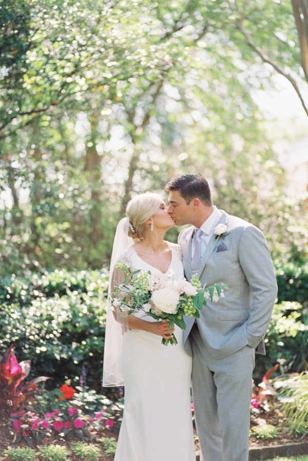 Traditional Charleston Wedding at Governor Thomas Bennett House Ava Moore Photography25