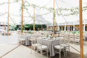 Traditional Charleston Wedding at Governor Thomas Bennett House Ava Moore Photography37