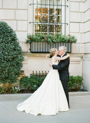 Classic Museum Wedding in DC Lisa Blume26