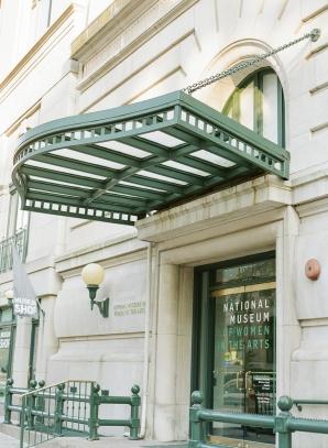 Classic Museum Wedding in DC Lisa Blume39