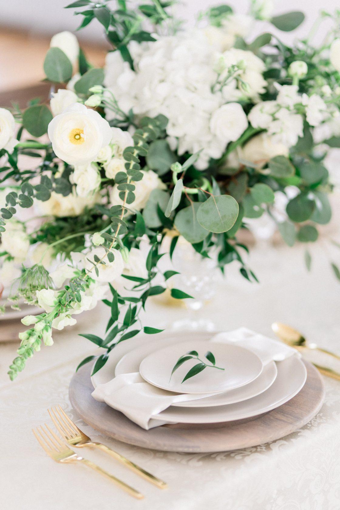 Classic Soft White Wedding Inspiration Flora Bloom Photography09