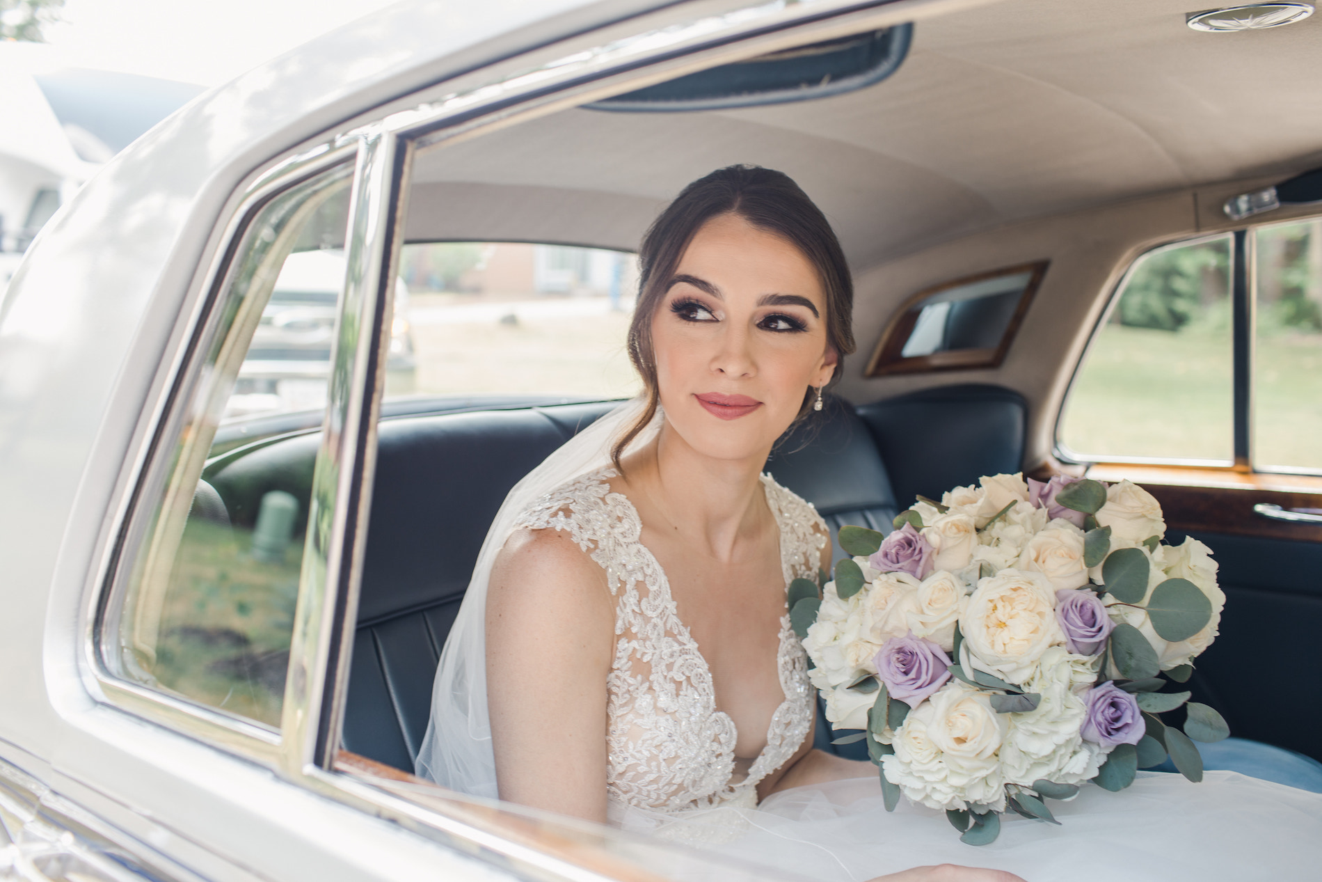 Charming Blush and Lavender Detroit Wedding Stephanie Kaslly Photography21