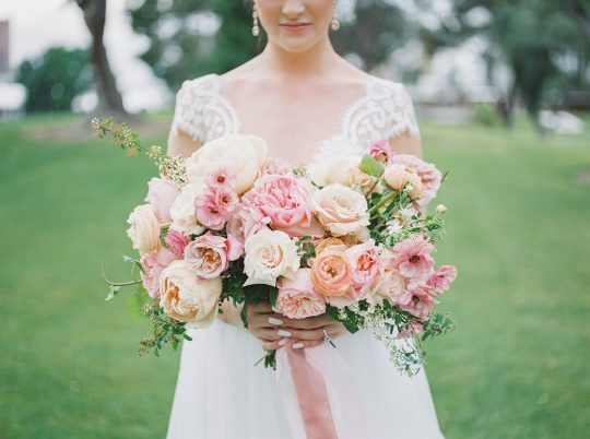 Colorful Summer Wedding Inspiration in Las Vegas Lianna Marie Photography07