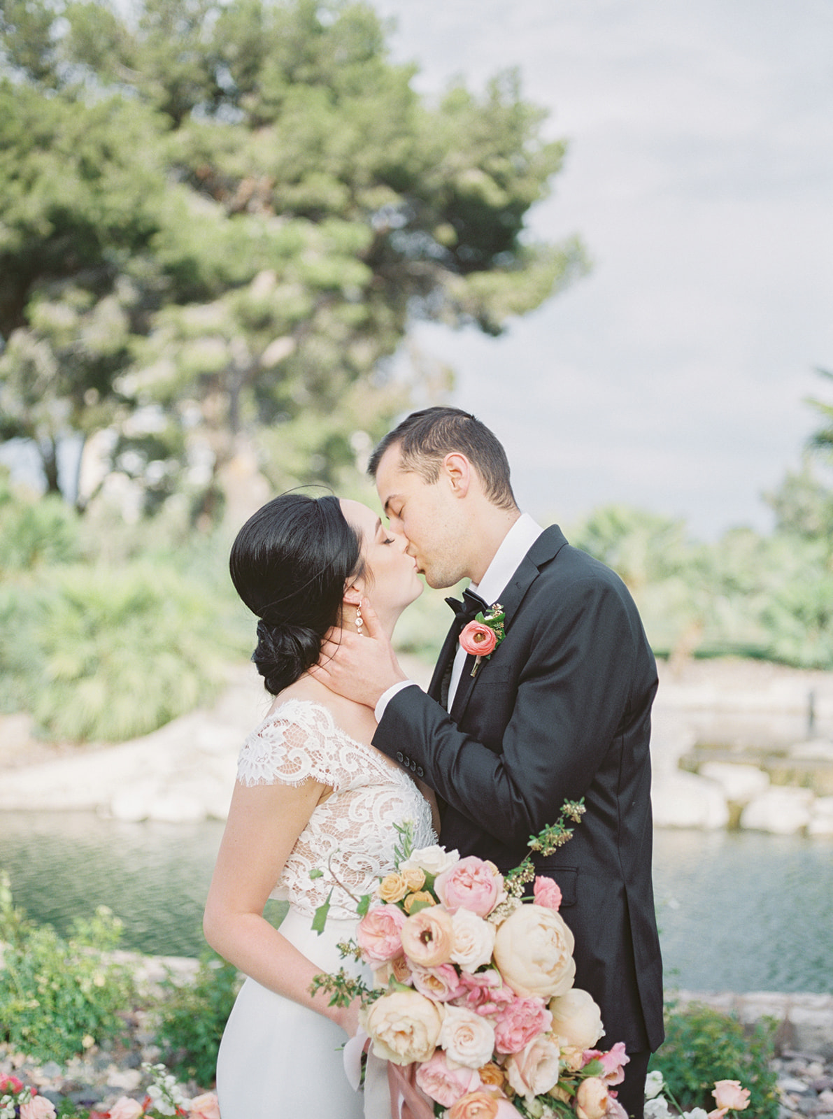 Colorful Summer Wedding Inspiration in Las Vegas Lianna Marie Photography12