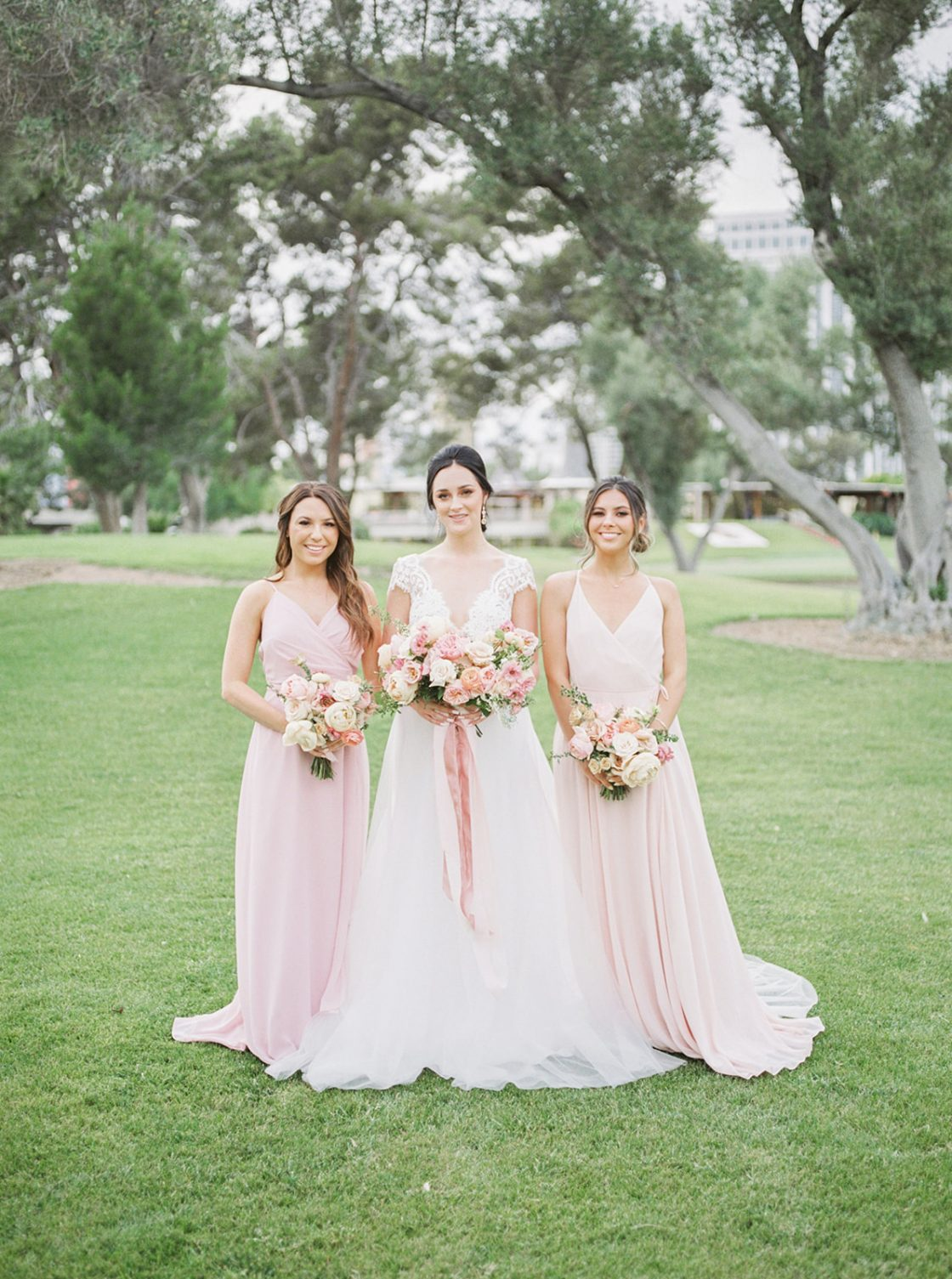 Colorful Summer Wedding Inspiration in Las Vegas Lianna Marie Photography13
