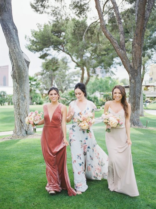 Colorful Summer Wedding Inspiration in Las Vegas Lianna Marie Photography15