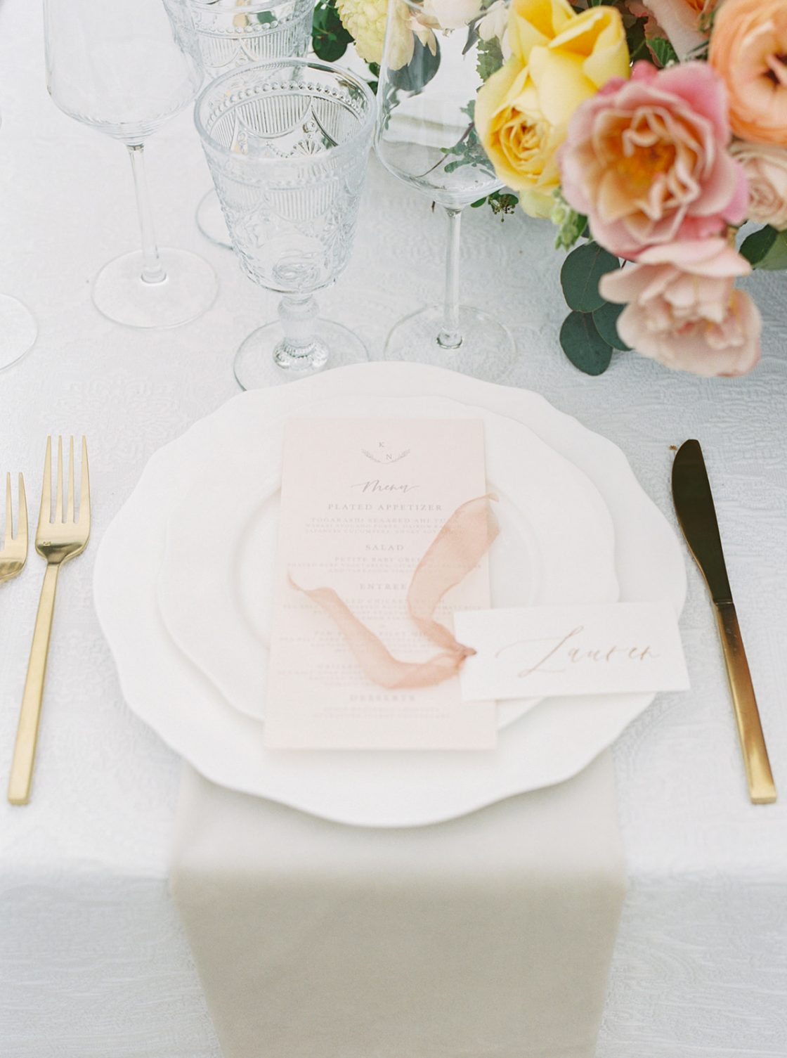 Colorful Summer Wedding Inspiration in Las Vegas Lianna Marie Photography35