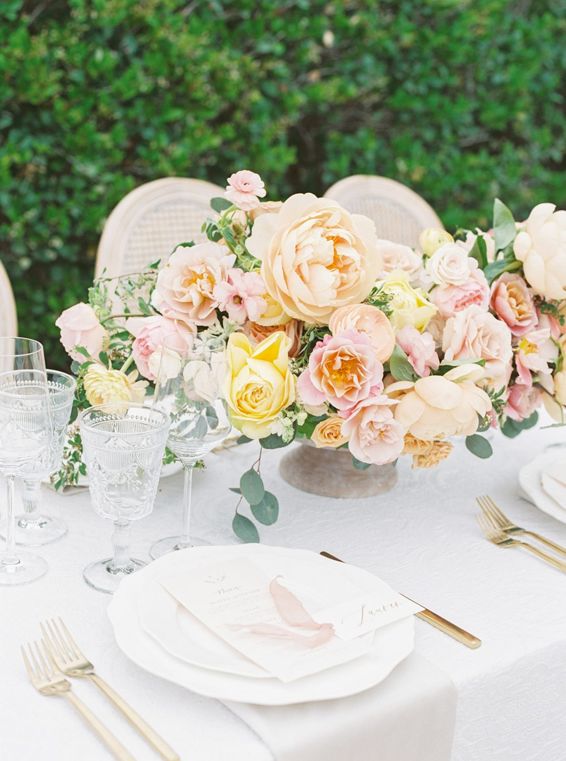 Colorful Summer Wedding Inspiration in Las Vegas Lianna Marie Photography37