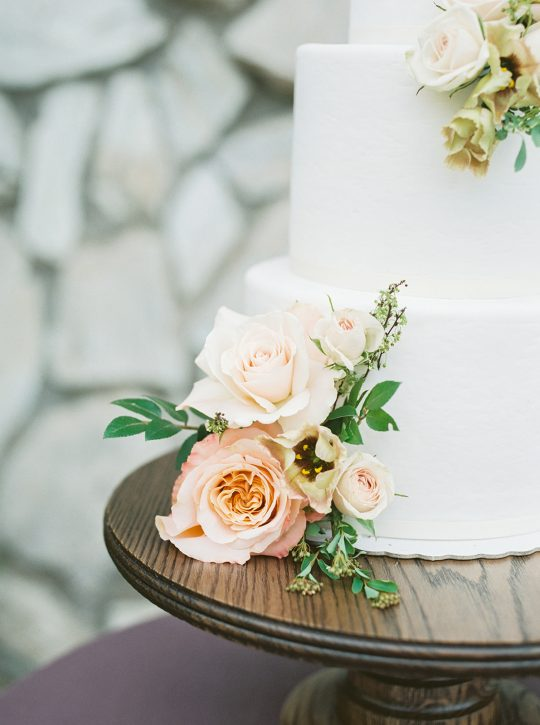 Colorful Summer Wedding Inspiration in Las Vegas Lianna Marie Photography41