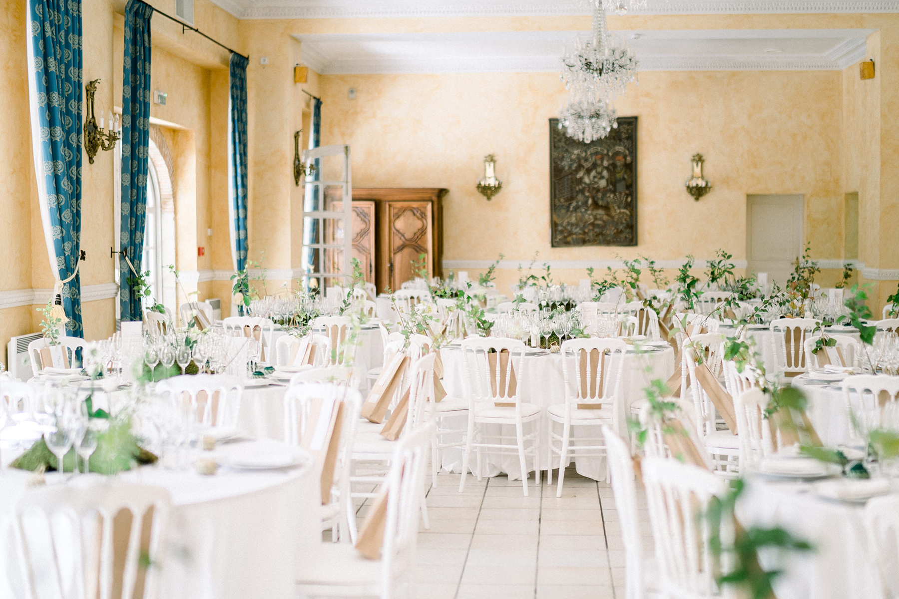 French Chateau Wedding Inspired by Nature Romain Vaucher05