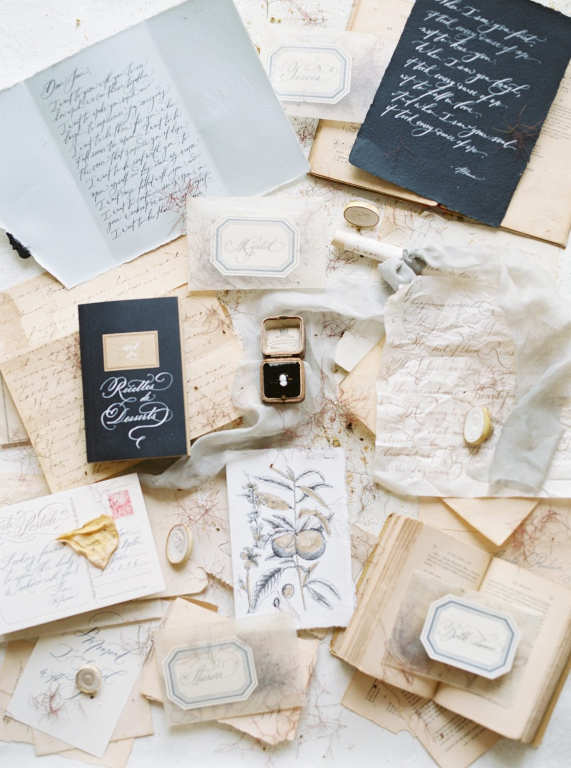 Intimate and Lush Elopement Inspiration in Normandy Alexi Lee Photography03