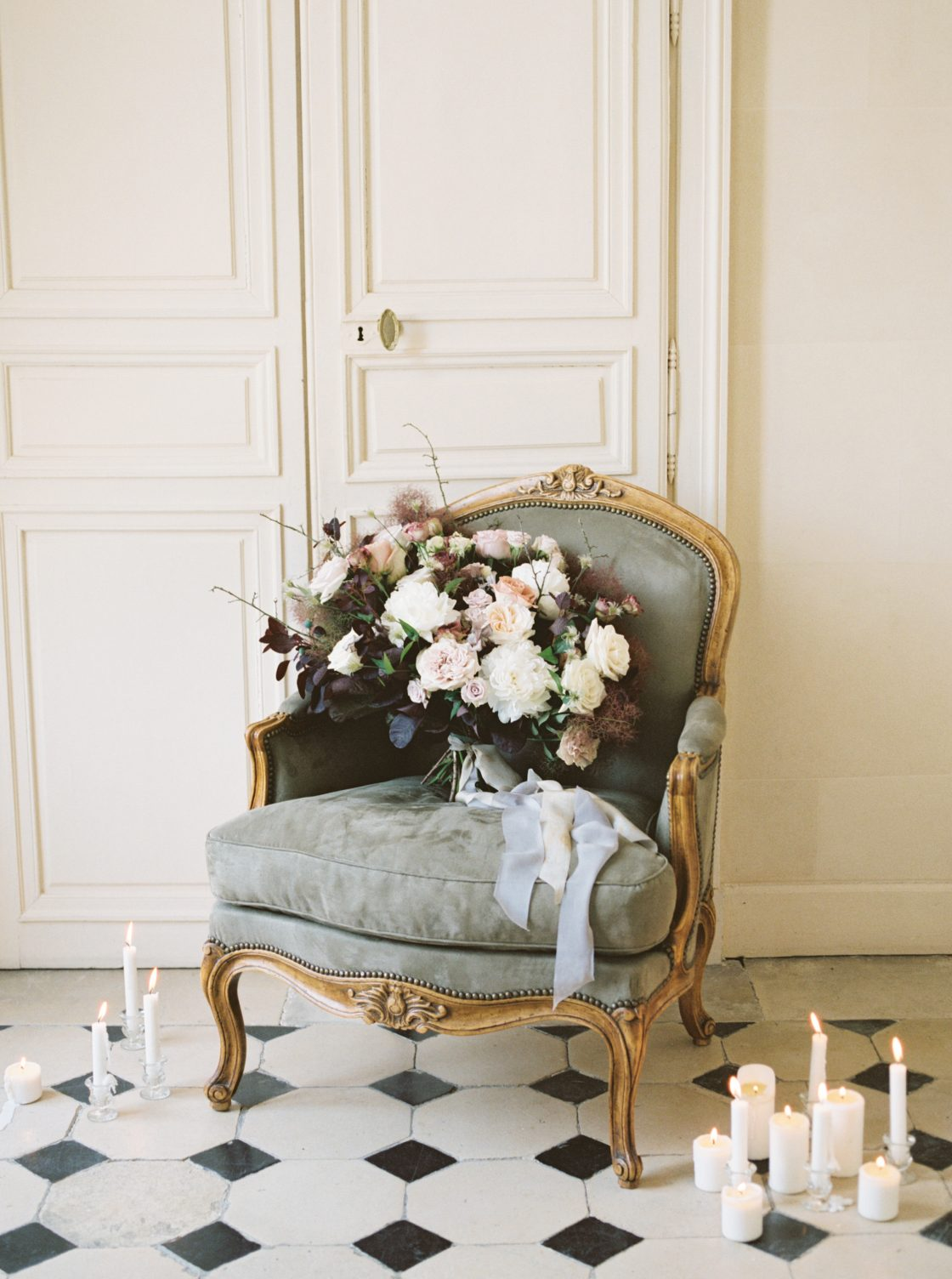 Intimate and Lush Elopement Inspiration in Normandy Alexi Lee Photography09