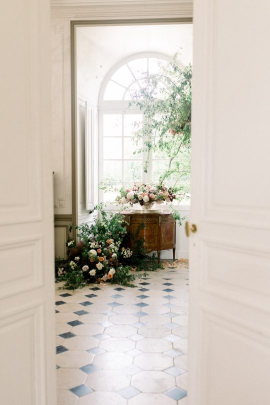 Intimate and Lush Elopement Inspiration in Normandy Alexi Lee Photography16