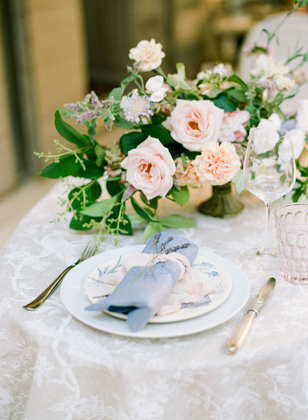Organic Luxe Elopement Inspiration Alicia Yarrish Photography22