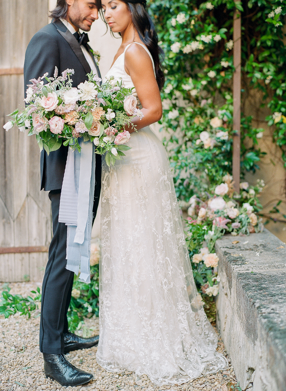 Organic Luxe Elopement Inspiration Alicia Yarrish Photography31