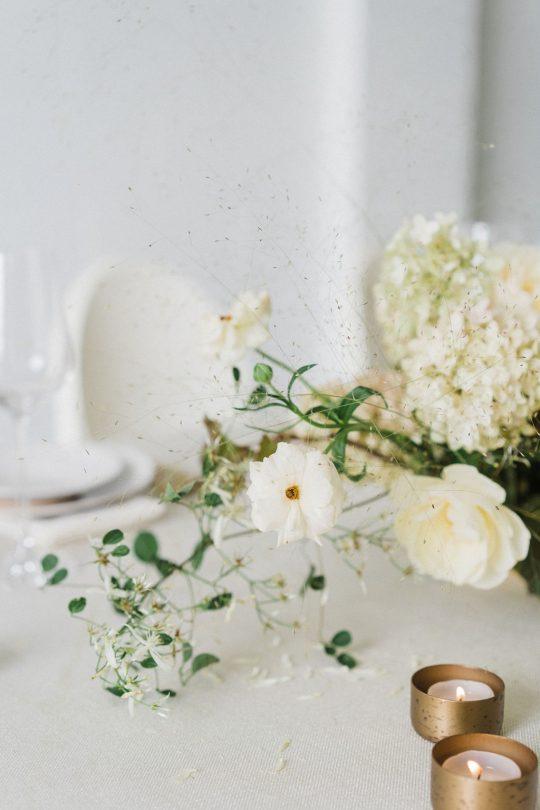 Sleek and Minimalist Wedding Inspiration Julia Simmons Photography02