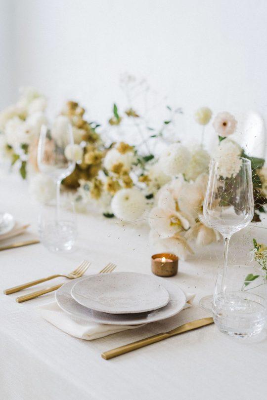 Sleek and Minimalist Wedding Inspiration Julia Simmons Photography03