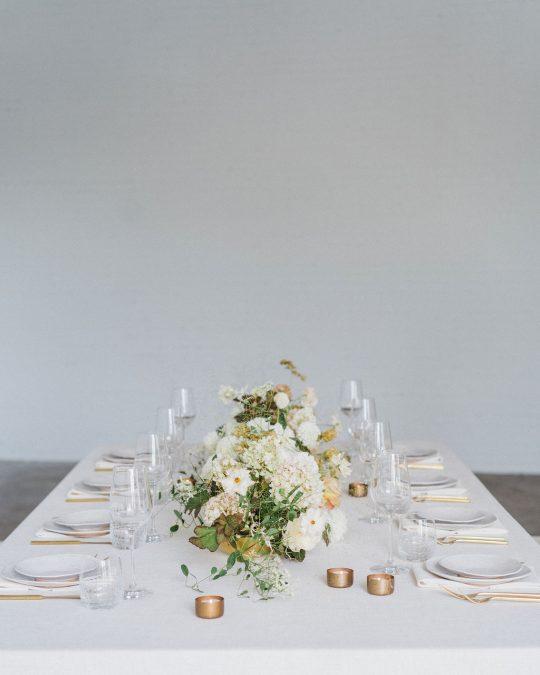 Sleek and Minimalist Wedding Inspiration Julia Simmons Photography04