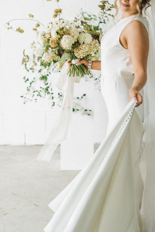Sleek and Minimalist Wedding Inspiration Julia Simmons Photography13