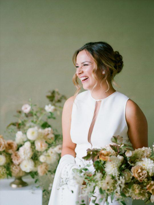 Sleek and Minimalist Wedding Inspiration Julia Simmons Photography21