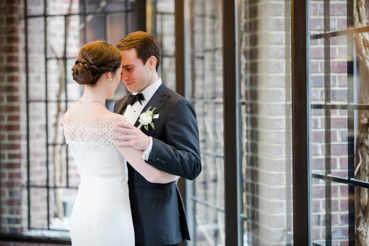Timeless DC Wedding with Shades of Green Kristen Gardner Photography07