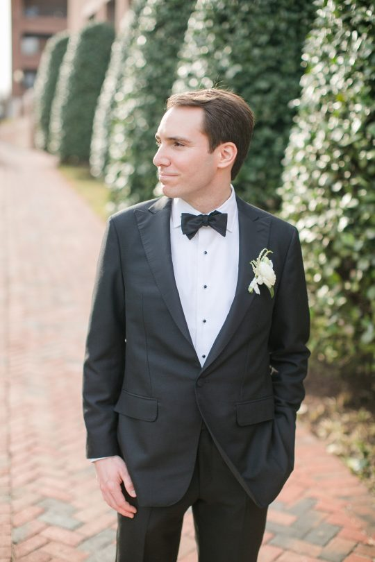 Timeless DC Wedding with Shades of Green Kristen Gardner Photography12