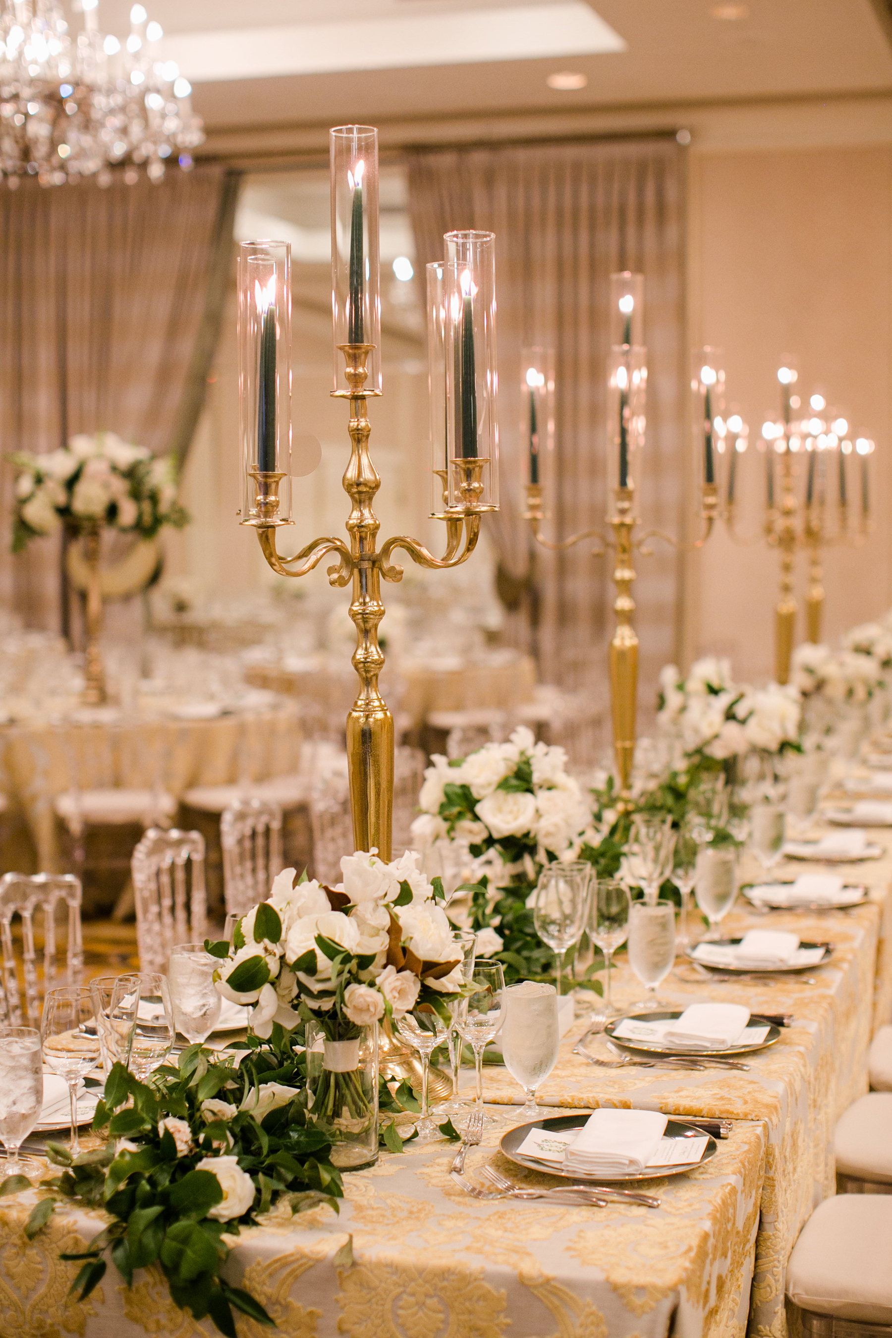 Timeless DC Wedding with Shades of Green Kristen Gardner Photography29