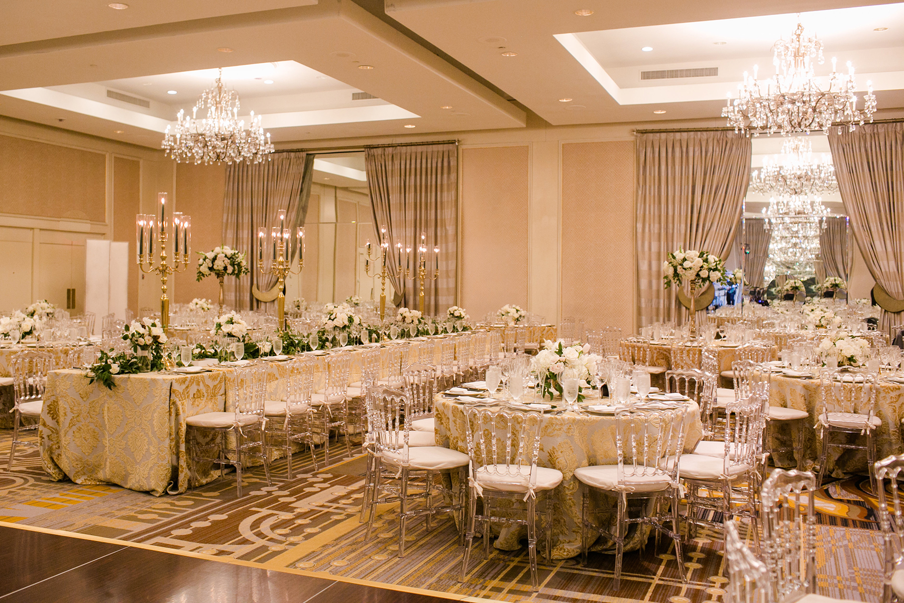 Timeless DC Wedding with Shades of Green Kristen Gardner Photography30