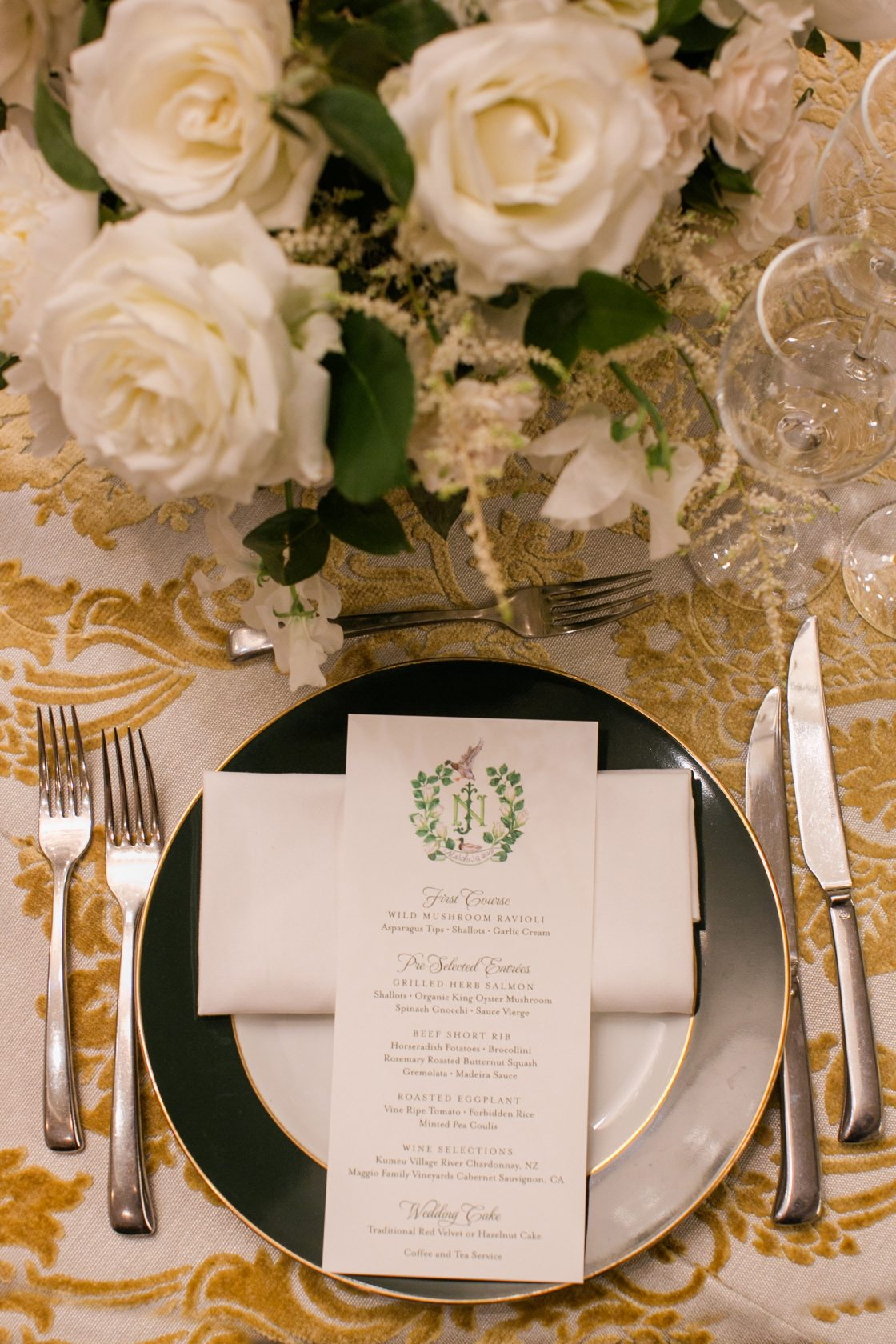 Timeless DC Wedding with Shades of Green Kristen Gardner Photography35