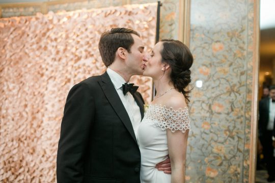 Timeless DC Wedding with Shades of Green Kristen Gardner Photography51