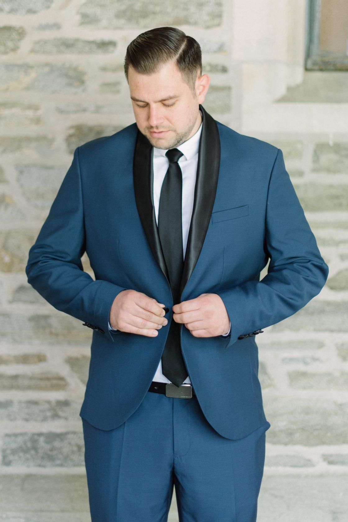 European Inspired Navy Grooms Suit
