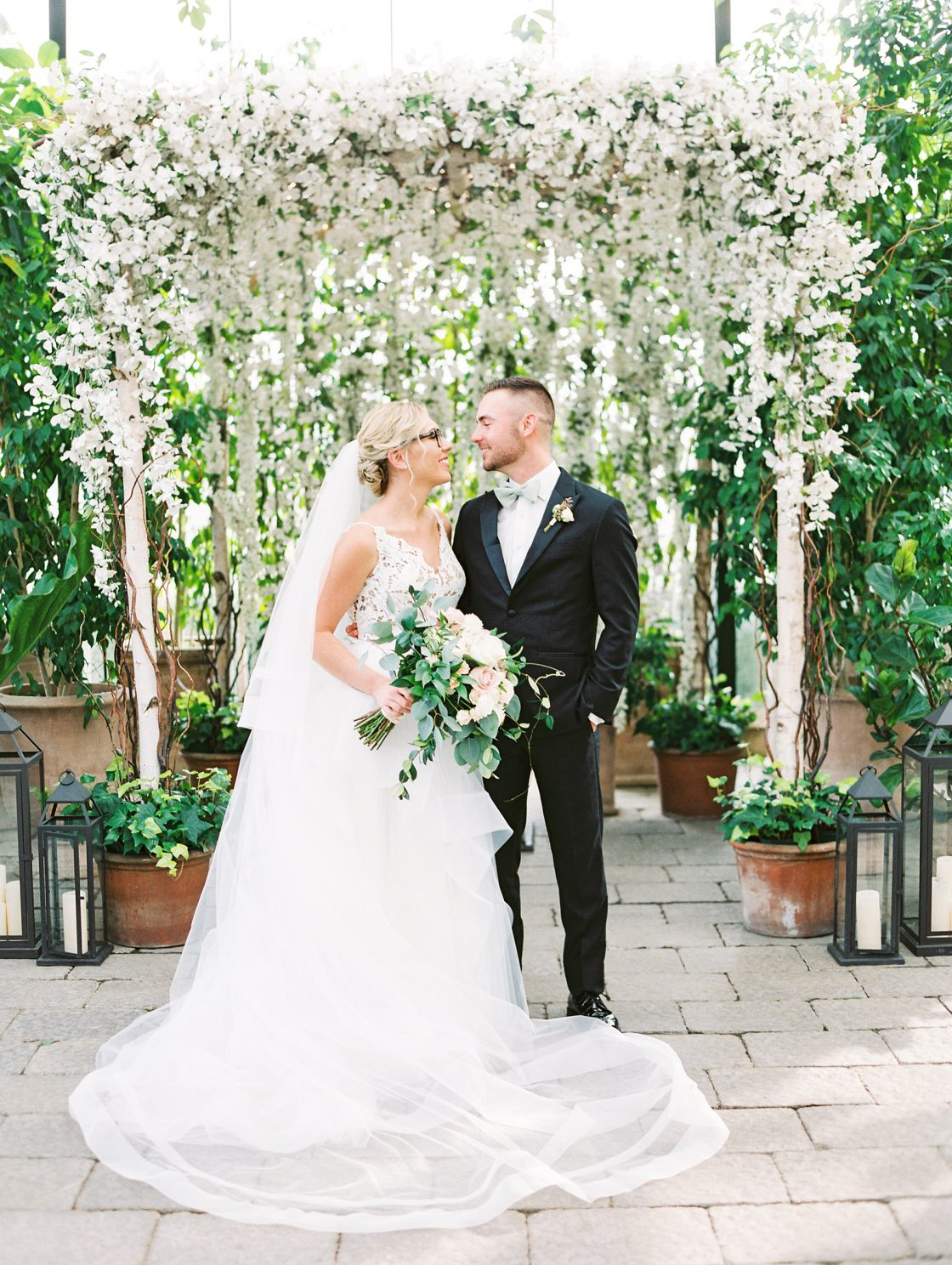 Botanical Conservatory Wedding in Michigan Kelly Sweet Photography13