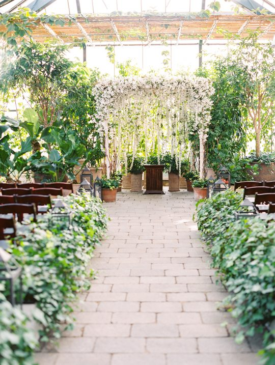 Botanical Conservatory Wedding in Michigan Kelly Sweet Photography28