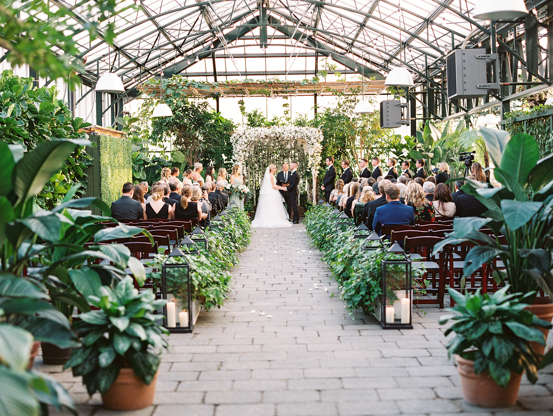 Botanical Conservatory Wedding in Michigan Kelly Sweet Photography33
